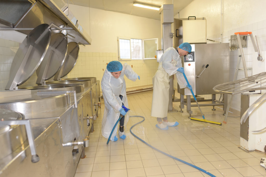 food and catering cleaning